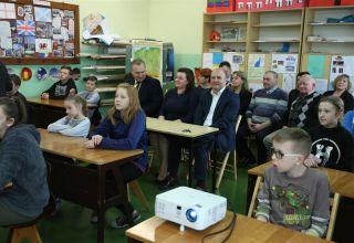 Komputery dla uczniów szkoły w Biskupicach