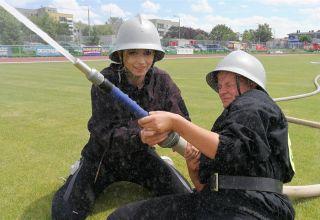Strażacy ćwiczą umiejętności i dyscyplinę
