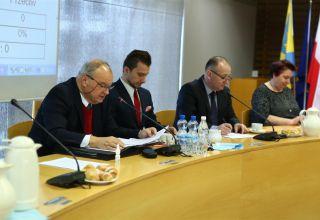 Na sesji o RPO i siedzibie UMWO