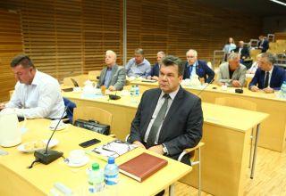 Radni o insygniach i budżecie obywatelskim