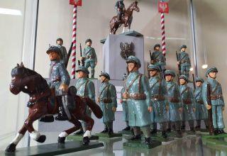 Historia w figurkach zapisana