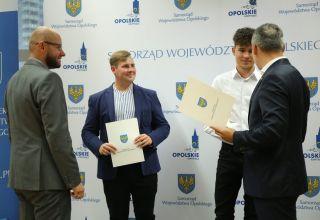 Opolscy sportowcy nagrodzeni przez marszałka