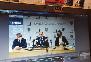 Radni przyjęli rezygnację wicemarszałka Romana Kolka